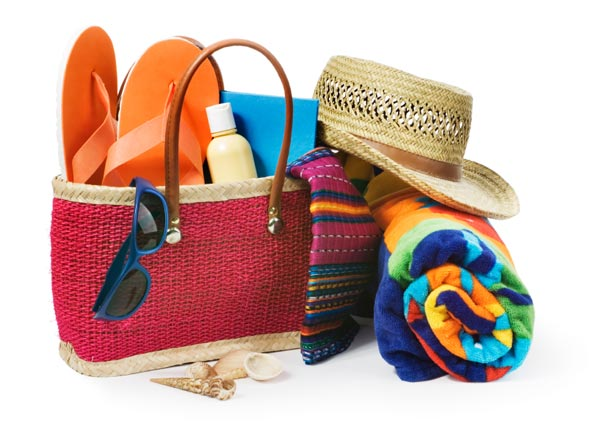 5 Beach Bag Essentials