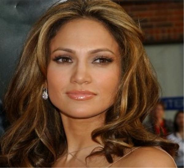 10 Best brunette hair shades sported by celebs - Beauty Ramp - Beauty ...