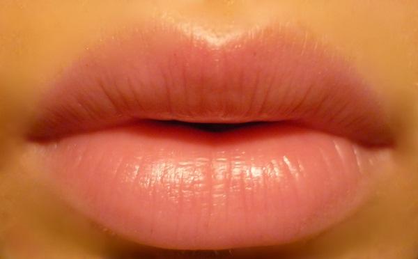 Lip care with Jojoba oil