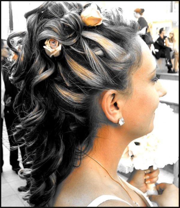Hairstyles That Make You Look Younger Beauty Ramp Beauty Fashion Guide By Dr Prem Skin Body Style Makeup And Hairstyles